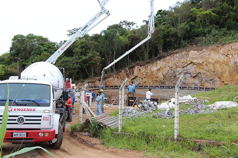 obras-casan-agua-abastecimento-reservatorio-3