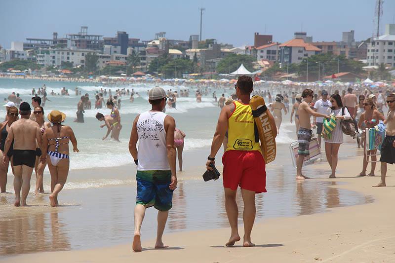 praia-ingleses-sol-calor
