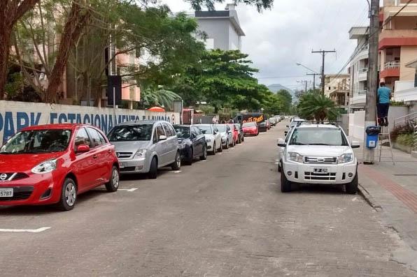 Prefeitura arrecada R$ 80 mil por mês em Canasvieiras com a cobrança de estacionamento zona azul