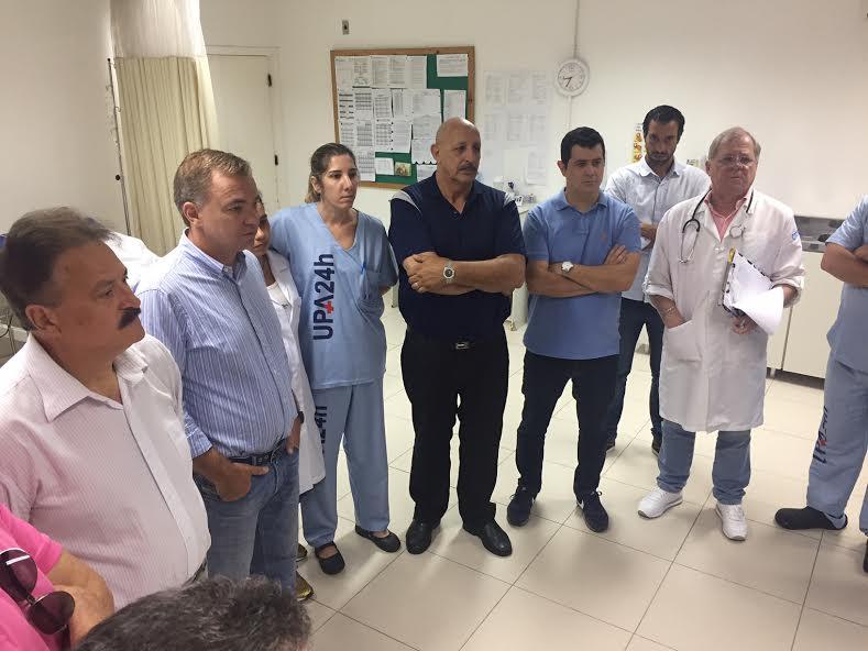 Sem cirurgião na Upa Norte, futuro secretário faz procedimento em paciente