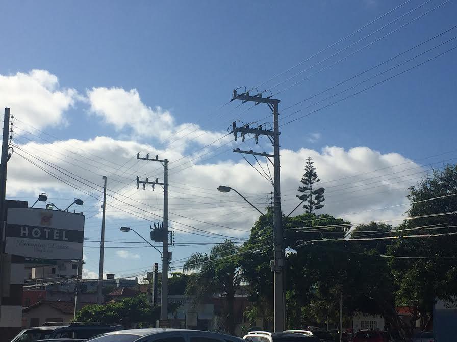 Superlotação da residências pode deixar energia em meia fase, diz Celesc