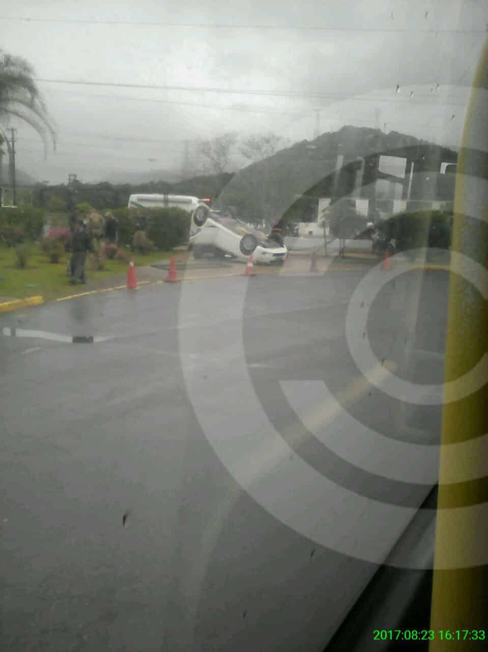 capotamento-tican-acidente-floripa-07