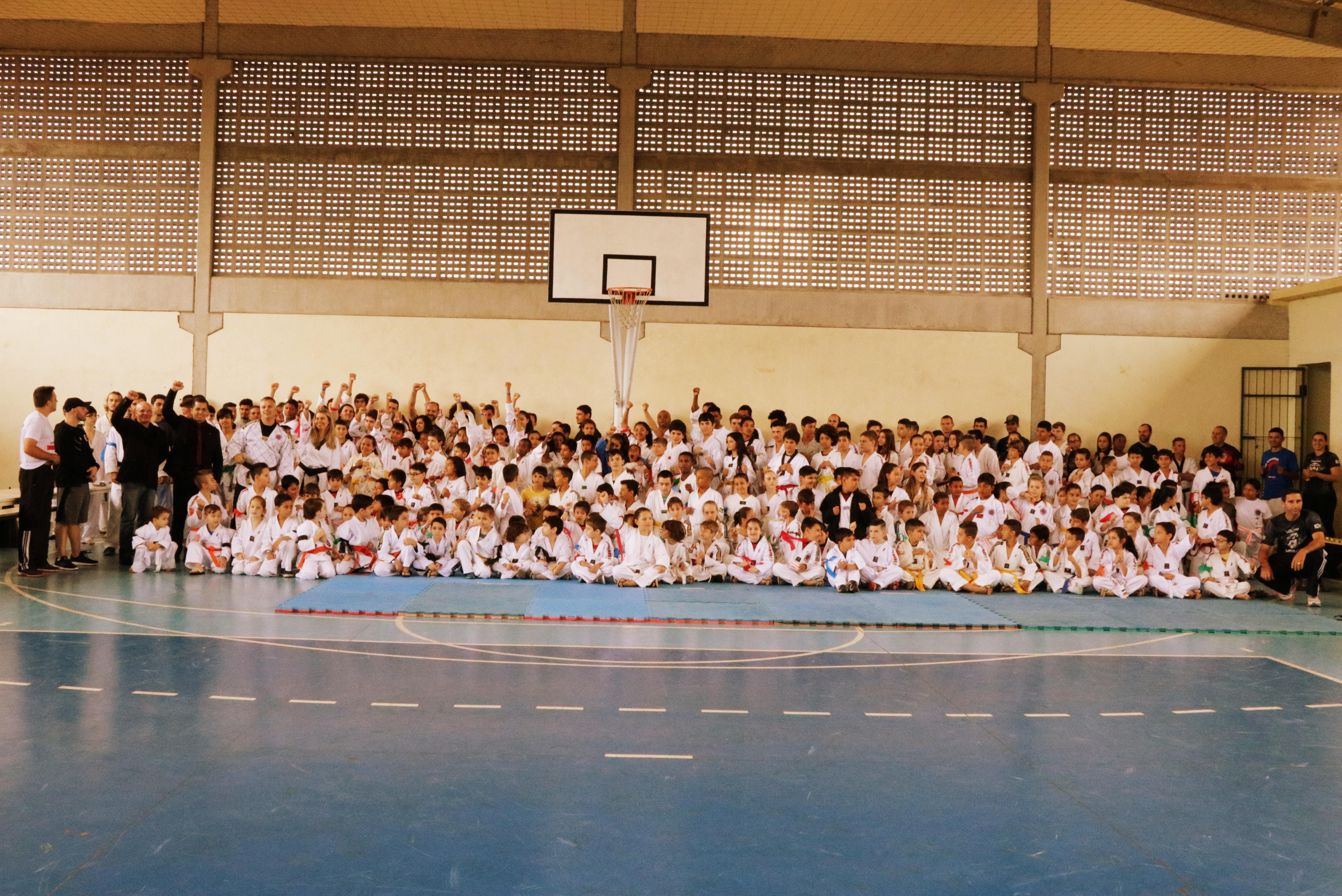 Mais de 220 atletas disputam campeonato de Taekwondo no Norte da Ilha