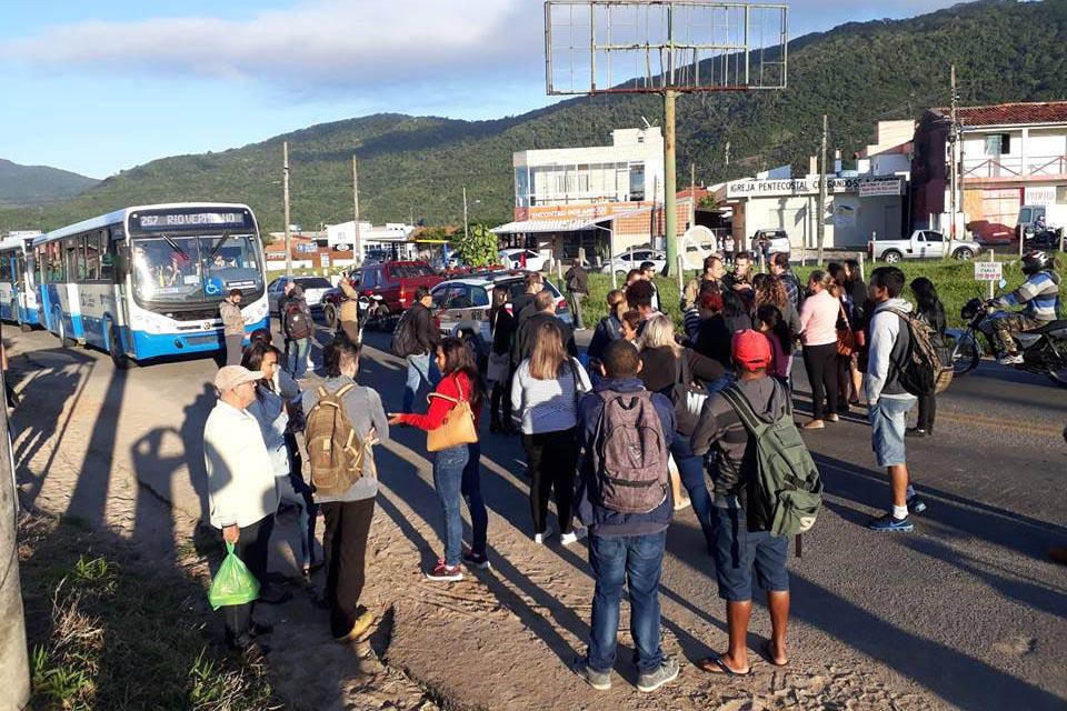 protesto-rio-vermelho-onibus