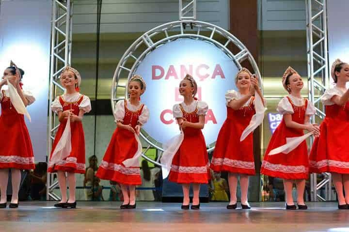 Jurerê Open Shopping promove apresentação de dança russa no sábado (30)